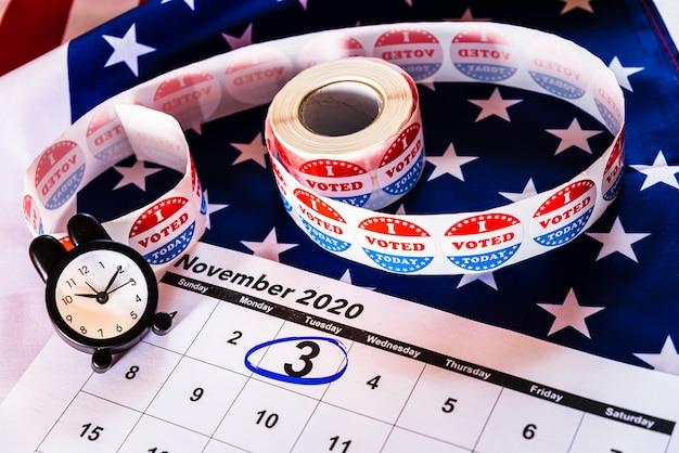 Um calendário marcado em 3 de novembro de 2020, eleições presidenciais.