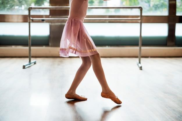 Um, caucasiano, mulher menina, praticar, balé