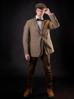 Um cavalheiro inteligente no estilo retro vintage vitoriano