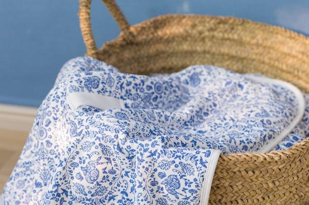 Um close-up tiro de lençóis de bebê