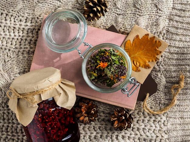 Um conjunto de ingredientes úteis para o tratamento de métodos folclóricos.