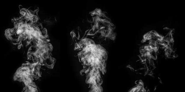 Um conjunto perfeito de três diferentes vapor branco encaracolado místico ou fumaça sobre um fundo preto. névoa ou poluição atmosférica de fundo abstrato, elemento de design, layout para colagens.