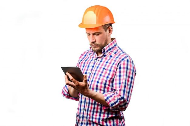 Um construtor no capacete