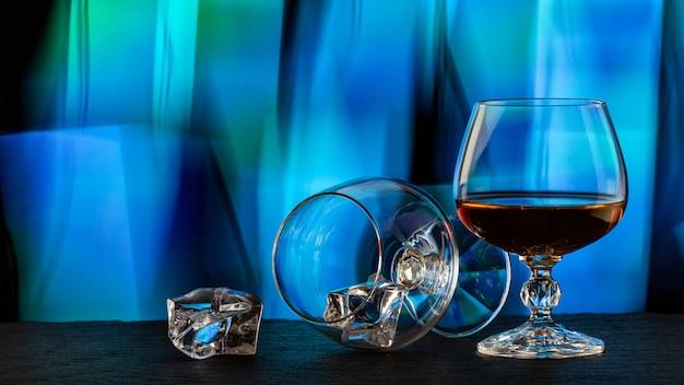 Um copo de conhaque