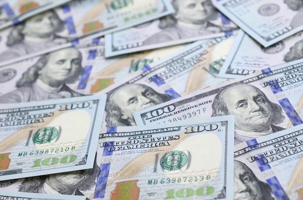 Um grande número de notas de dólar dos eua