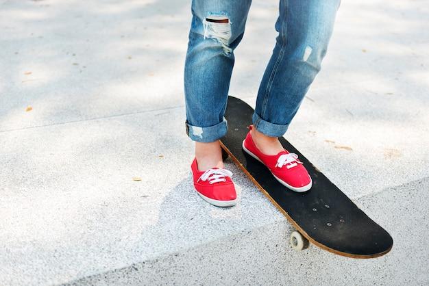Um, menina, com, um, skateboard