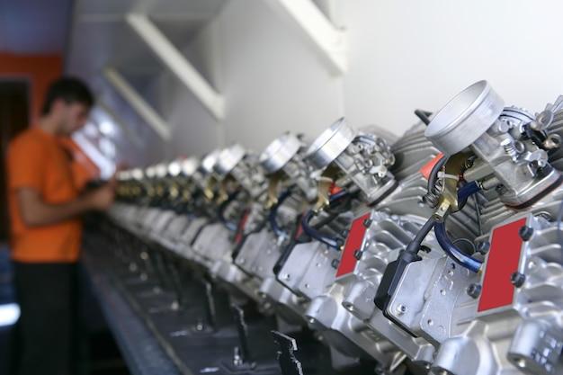 Um monte de peças de carro mecanic