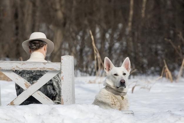 Um, mulher, com, um, cão
