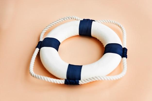 Uma bóia salva-vidas