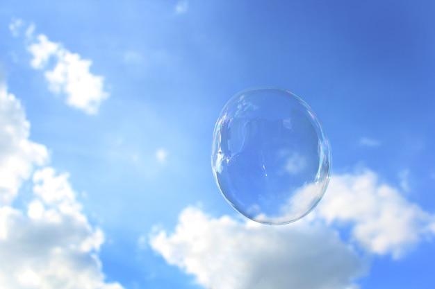 Uma bolha no céu
