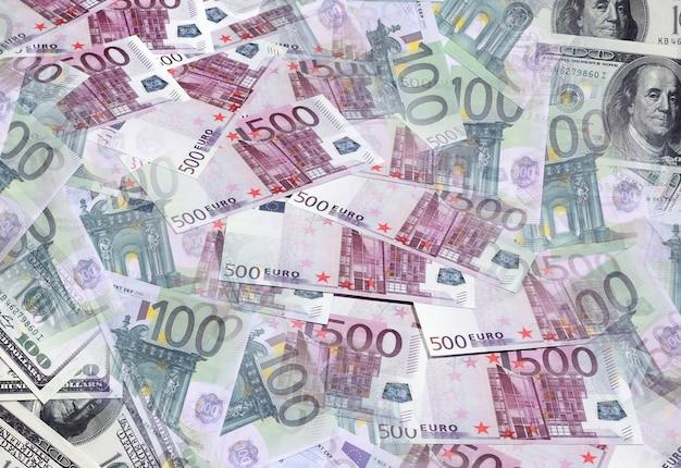 Uma colagem de muitas notas de euro