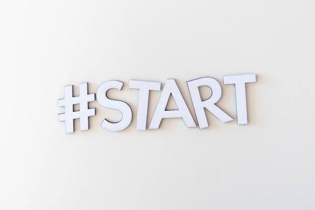 Uma configuração simples de início de palavra hashtag, conceito de nova atividade