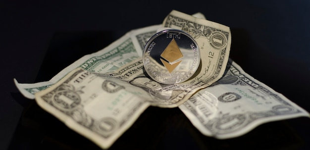 Uma das melhores maneiras de economizar dinheiro usando criptomoedas ethereum bitcoin ada