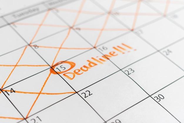 Uma data limite no calendário, programação de eventos de tempo