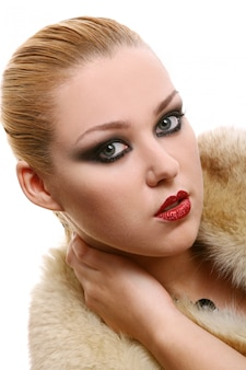 Uma mulher bonita na imagem de diva