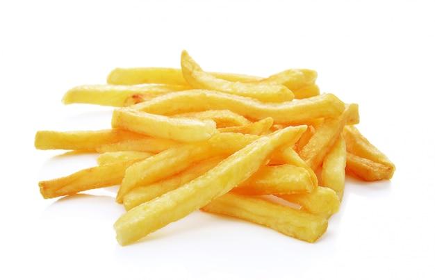 Uma pilha de batatas fritas isoladas