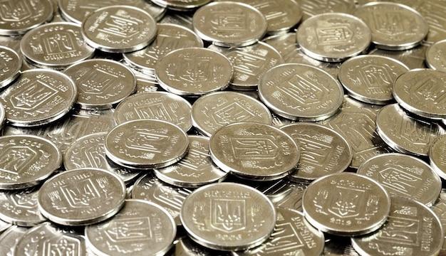 Uma pilha de moedas ucraniano