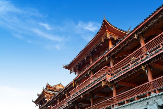 Uma ponte com características étnicas, duyun, guizhou, china.