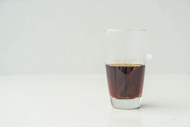 Uma xícara de chá preto