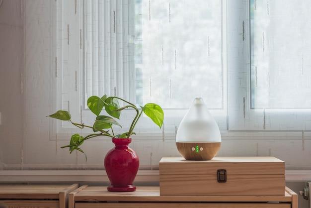 Umidificador de ar durante o trabalho ou para ficar em casa para momentos de relaxamento