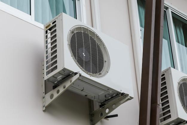 Unidade externa do compressor de ar condicionado