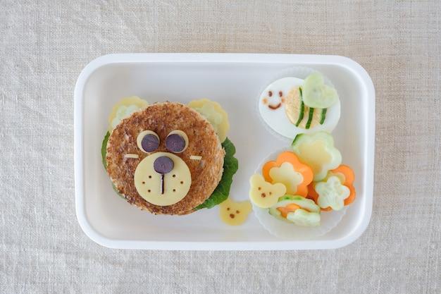 Urso e bumble caixa de almoço de abelha