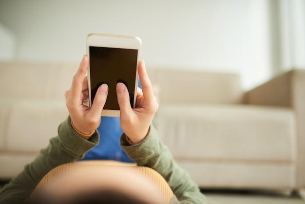 Usando aplicativo móvel