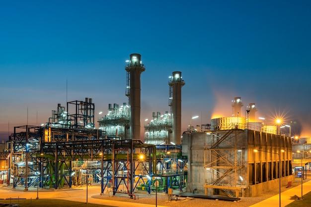 Usina elétrica de turbina a gás moderna