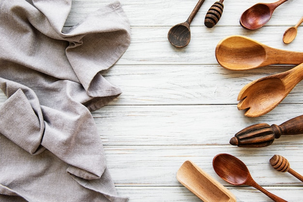 Utensílios de cozinha vintage velho
