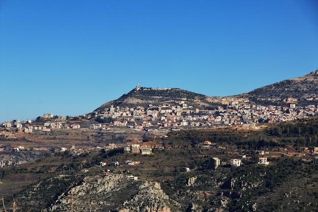 Vale de kadisha nas montanhas do líbano