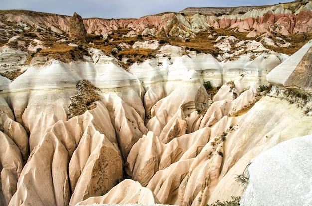 Vale de rosa goreme cappadocia turquia no verão