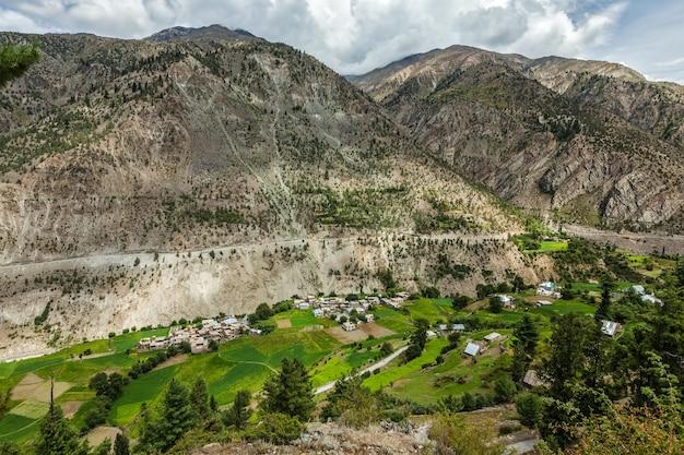 Vale lahaul nos himalaias himachal pradesh índia