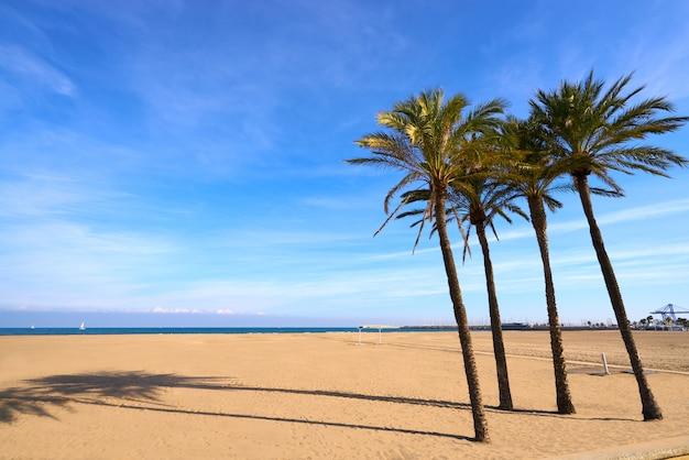 Valência la malvarrosa praia arenas espanha