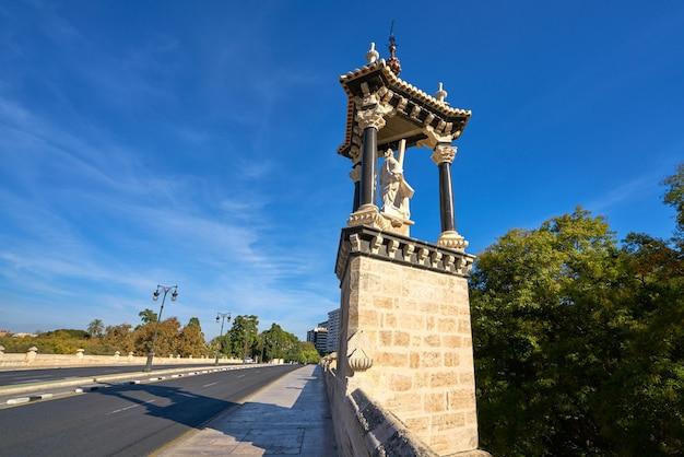 Valencia puente del real ponte real espanha
