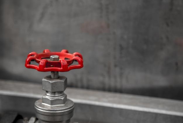Válvula de fundo vermelho claro conceito