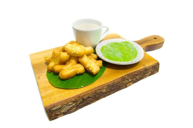 Vara de massa dupla frita chinesa profunda com sementes de gergelim branco