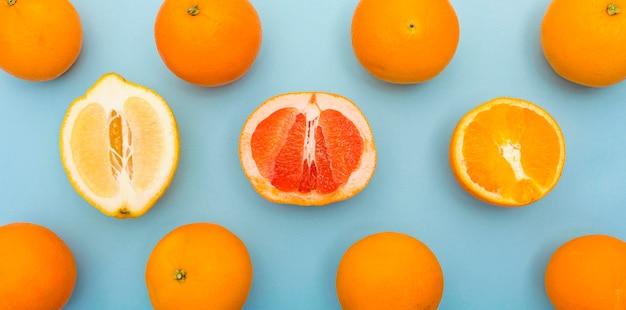 Várias frutas cítricas deliciosas no verão