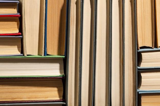 Variedade criativa para o dia mundial do livro