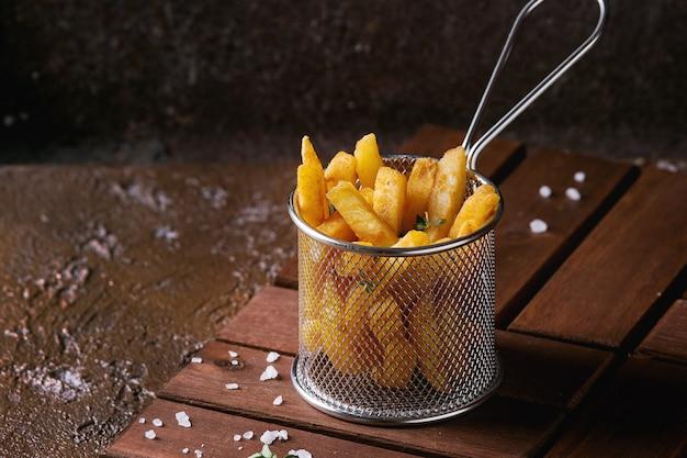 Variedade de batatas fritas