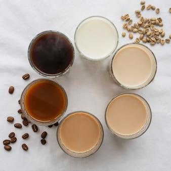 Variedade de café na mesa