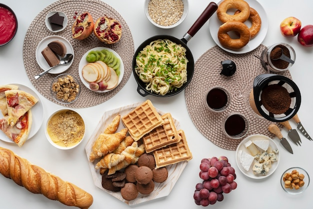 Variedade de comida deliciosa e plana