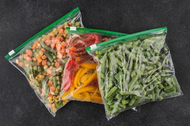 Variedade de comida saudável congelada