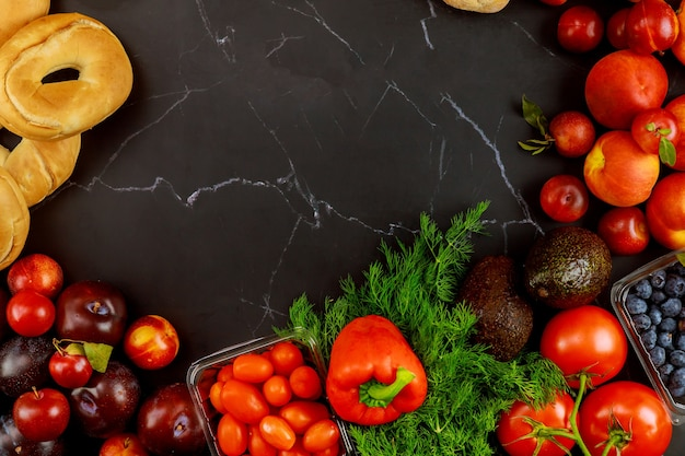 Variedade de comida saudável e deliciosa