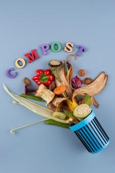 Variedade de composto feito de comida estragada