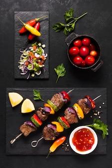 Variedade de deliciosos fast-food árabes
