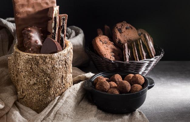Variedade de doces de chocolate
