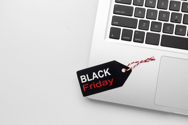 Variedade de elementos de sexta-feira negra em fundo branco
