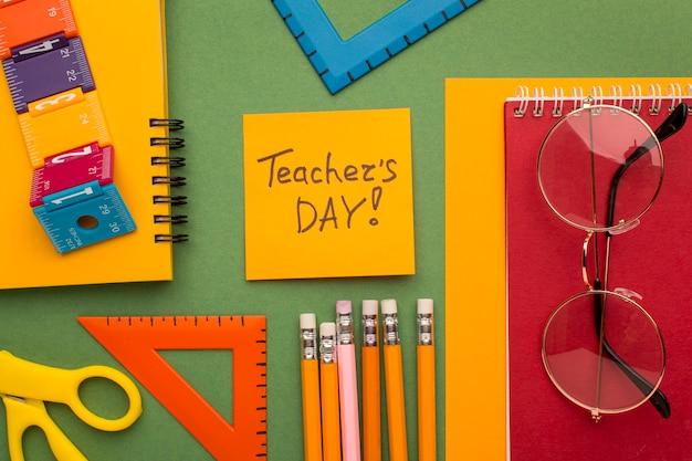 Variedade de elementos do dia do professor