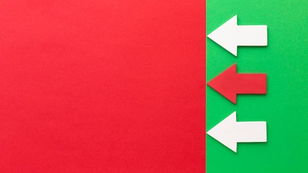 Variedade de flechas com espaço de cópia