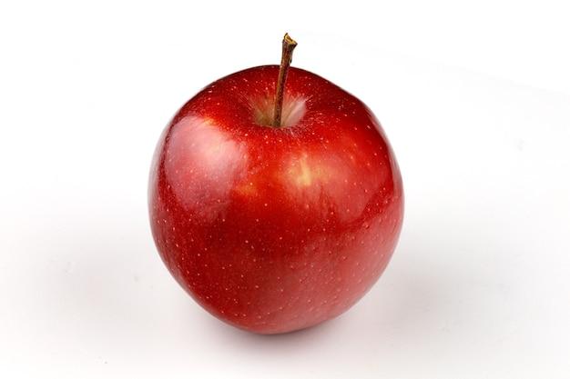 Variedade de maçãs vermelhas isoladas de chefe vermelho
